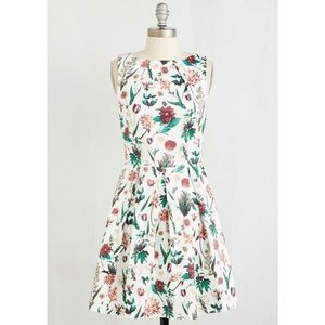 ModCloth Closet London Botanical Floral Dress